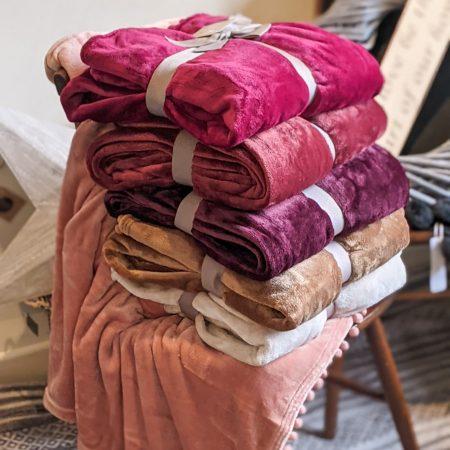 Throws, Cushions & Blankets